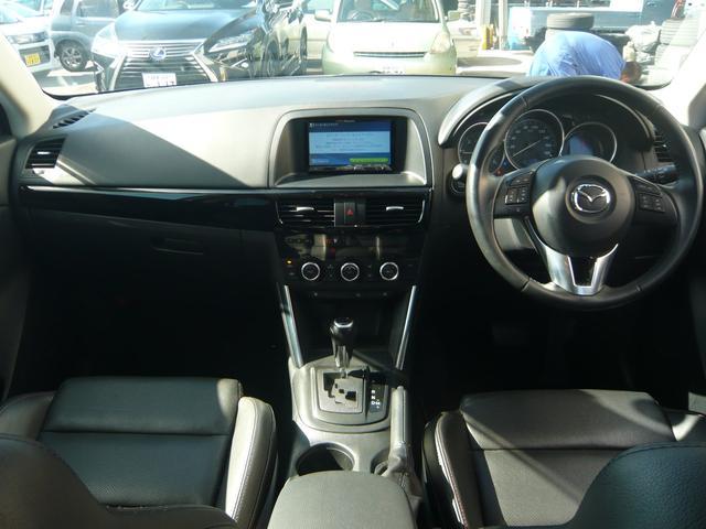 自社ユーザー様直接仕入れ車ですので、ご安心して乗って頂けます!純正HDDナビ、バックカメラ、ドライブレコーダー、ディーゼル車、電動シート、ステアリングスイッチ、トノカバー、レーダーブレーキなど充実装備