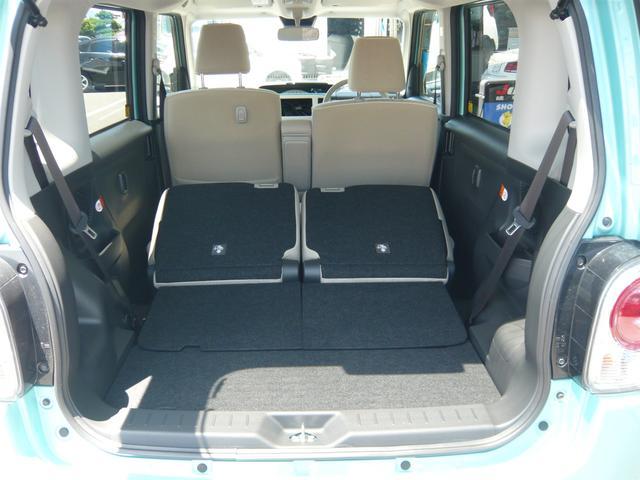 リヤシートを全て倒すと広々スペース!大きな荷物も詰めて使い勝手の良い一台です!