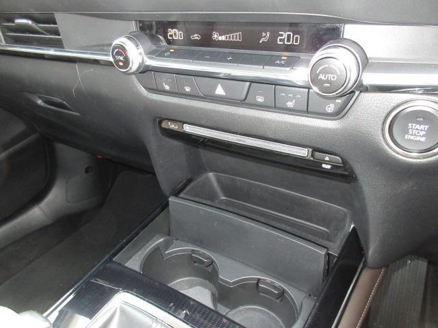 X Lパッケージ 衝突被害軽減システム アダプティブクルーズコントロール 全周囲カメラ オートマチックハイビーム 革シート 電動シート シートヒーター バックカメラ オートライト LEDヘッドランプ ETC(8枚目)