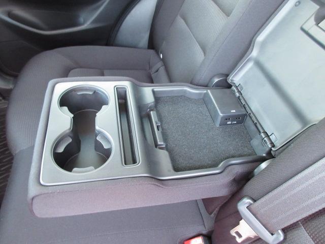 XD プロアクティブ 衝突被害軽減システム アダプティブクルーズコントロール オートマチックハイビーム 電動シート シートヒーター バックカメラ オートライト LEDヘッドランプ ETC Bluetooth 電動リアゲート(17枚目)