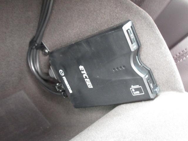 XD Lパッケージ 衝突被害軽減システム アダプティブクルーズコントロール 全周囲カメラ オートマチックハイビーム 4WD 3列シート 革シート 電動シート シートヒーター バックカメラ オートライト LEDヘッドランプ(9枚目)