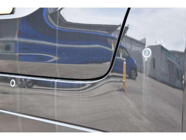 M 9インチMナナビ・フルセグTV・ETC 衝突軽減 コーナーセンサー キーレスキー パワステ ベンチシート 寒冷地仕様 シートヒーター エアコン ABS WエアB 横滑り防止 盗難防止システム フルセグ(4枚目)