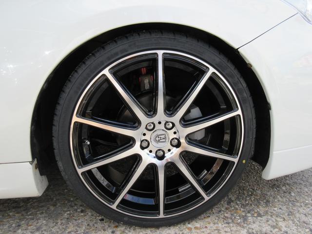 アネーロコラソン ソルフェリーノ ブラックポリッシュ&19インチタイヤは新品を装着しています。