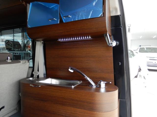 ジョインターボ ネクストキャンパープレミアムキット装着車・FIAMMAサイドオーニング・パナソニック120Wソーラーパネル・サブバッテリー・2000W最大出力インバーター・Bluetooth対応ナビ・リアカメラ・4名(39枚目)