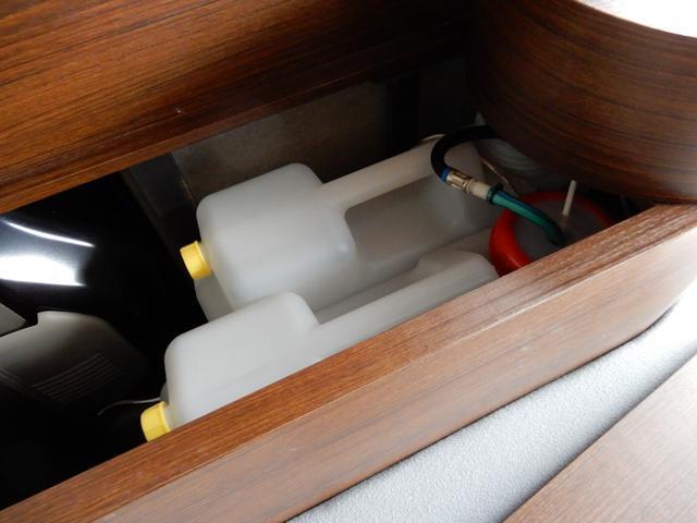 ジョインターボ ネクストキャンパープレミアムキット装着車・FIAMMAサイドオーニング・パナソニック120Wソーラーパネル・サブバッテリー・2000W最大出力インバーター・Bluetooth対応ナビ・リアカメラ・4名(43枚目)
