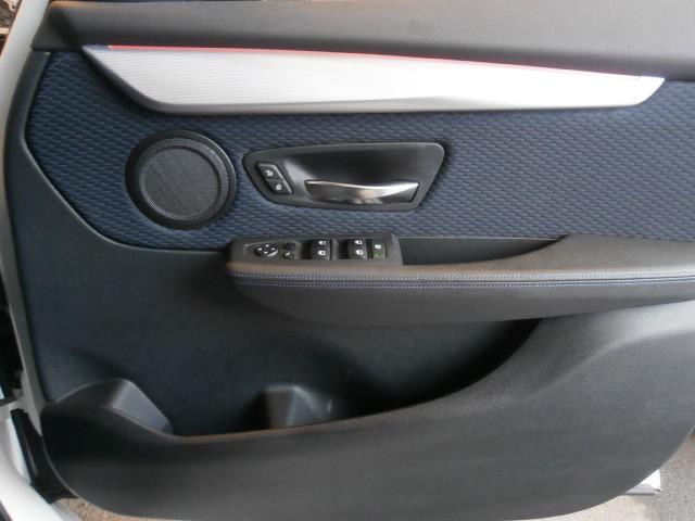 218iアクティブツアラー Mスポーツ Wエアバック ABS インテリキー 純正HDDナビ CD DVD Bカメラ ETC HID 純正アルミ i-STOP レーダーブレーキ S/Kエアバック(26枚目)