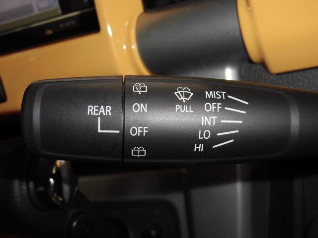X フルセグ HDDナビ DVD再生 ミュージックプレイヤー接続可 衝突被害軽減システム ETC HIDヘッドライト アイドリングストップ(16枚目)