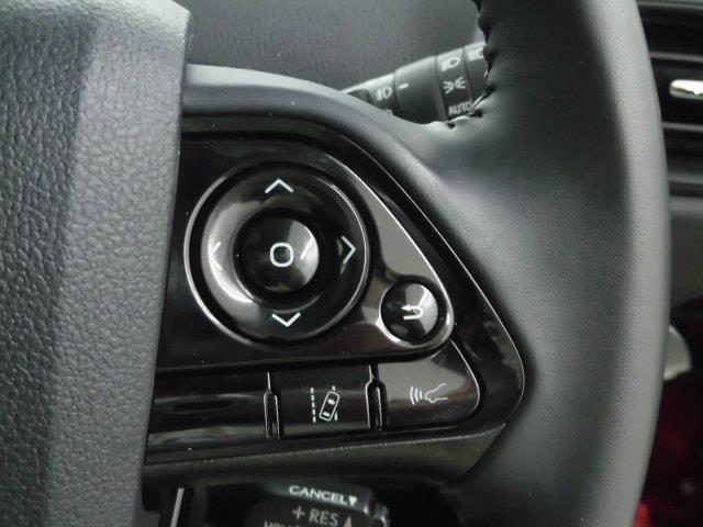 S サンルーフ フルセグ HDDナビ DVD再生 ミュージックプレイヤー接続可 衝突被害軽減システム ETC LEDヘッドランプ アイドリングストップ(17枚目)