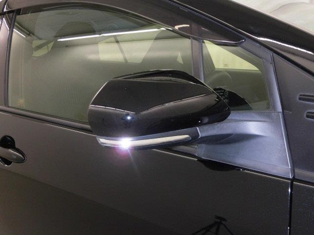 Sセーフティプラス フルセグ メモリーナビ DVD再生 ミュージックプレイヤー接続可 バックカメラ 衝突被害軽減システム LEDヘッドランプ アイドリングストップ(7枚目)