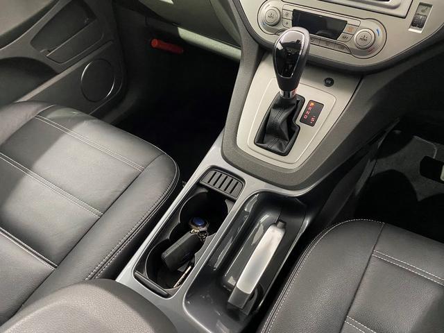 タイタニアム 4WD ETC クルコン ターボ HID サンルーフ(14枚目)