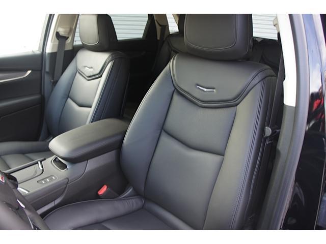キャデラック キャデラック XT5クロスオーバー ウルトラビューサンルーフ AWD