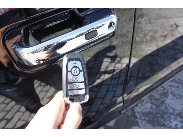 プラチナム 3.5L エコブースト カープレイ 4WD(16枚目)