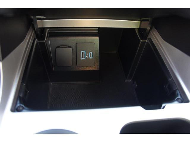 XLT 2.3Lエコブースト 4WD カープレイ レザー(36枚目)