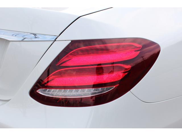 メルセデス・ベンツ M・ベンツ E200 アバンギャルド S  レザーエクスクルーシブPKG