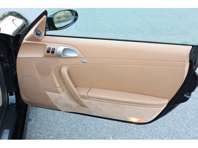 ポルシェ ポルシェ 911カレラ4 スポーツクロノPKG 右ハンドル