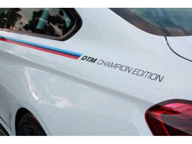 DTMチャンピオンエディション 国内25台限定・ディーラー車・左H・MDCT・ドライブロジック・カーボンブレーキ・CFPRルーフ・Mバケットシート・Mストライプ・Mステアリング・ロールゲージ・純正チタンマフラー・20インチAW(11枚目)