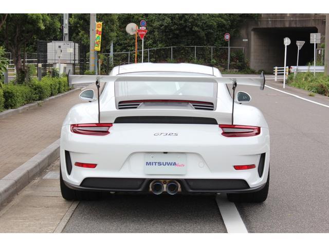 911GT3RS ディーラー車・スポーツクロノPKG・Fリフター・PDLSヘッド・カーボンインテリアPKG・イエローシートベルト&ステアリングトップマーキング・GT3RSロゴ入りスカッフイルミ・スポーツエキゾースト(5枚目)