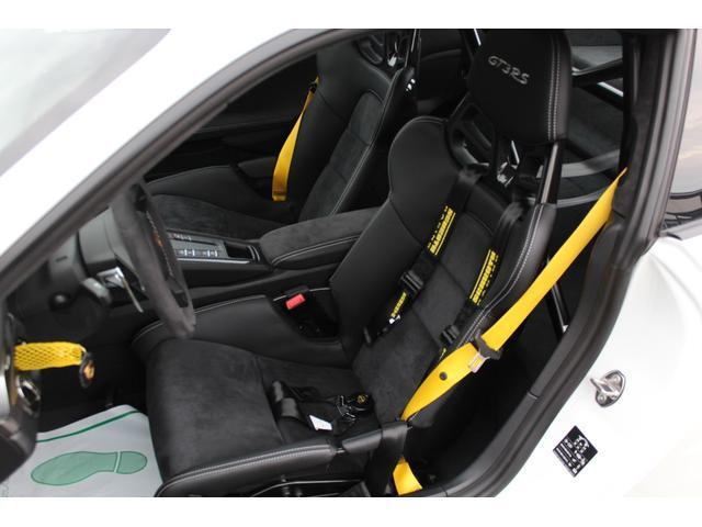 911GT3RS ディーラー車・スポーツクロノPKG・Fリフター・PDLSヘッド・カーボンインテリアPKG・イエローシートベルト&ステアリングトップマーキング・GT3RSロゴ入りスカッフイルミ・スポーツエキゾースト(17枚目)