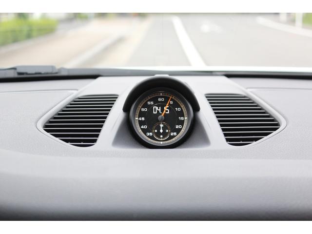911GT3RS ディーラー車・スポーツクロノPKG・Fリフター・PDLSヘッド・カーボンインテリアPKG・イエローシートベルト&ステアリングトップマーキング・GT3RSロゴ入りスカッフイルミ・スポーツエキゾースト(22枚目)