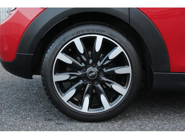 クーパー ディーラー車・1オーナー・MINIエキサイトメントPKG・パーキングアシスト・OP17AW・ユニオンジャックデカール&サイドミラー・キセノンヘッドライト・純正HDDナビETC・(12枚目)