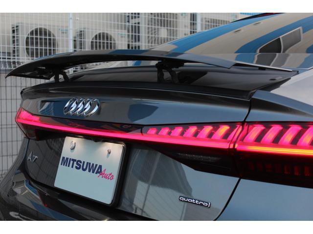55TFSIクワトロ デビューパッケージ 1オーナー・ドライビングPKG・アシスタンスPKG・マトリクスLEDヘッド・電動チルトステアリング・バーチャルコックピット・20AW・MMIナビ・黒革シートH・Pガラス・Aストップ・ソフトクローズドア(12枚目)