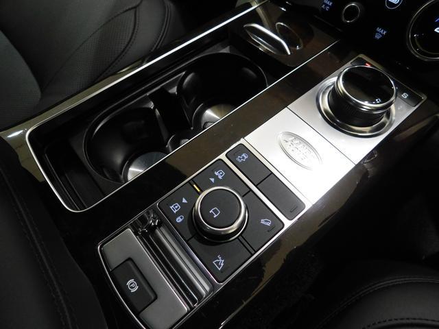「ランドローバー」「レンジローバー」「SUV・クロカン」「愛知県」の中古車36
