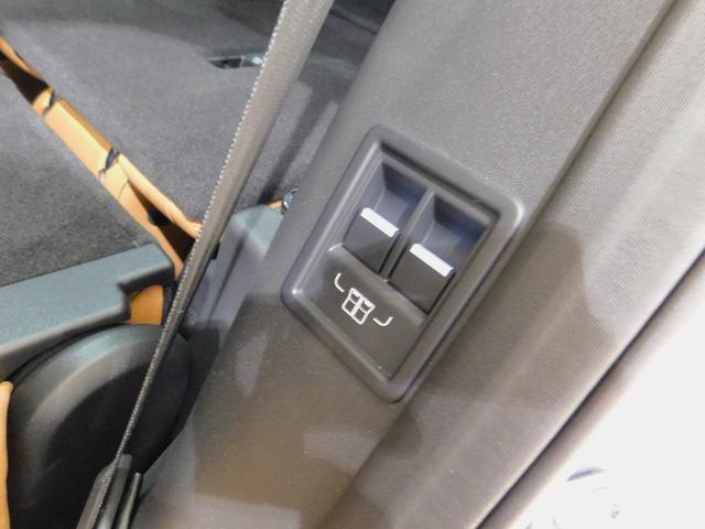 「ランドローバー」「ディスカバリー」「SUV・クロカン」「愛知県」の中古車62