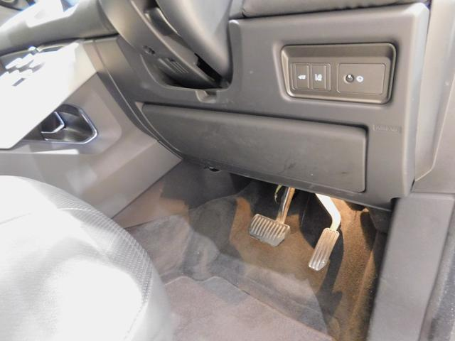 SEプラス Si4 コントラストルーフ ハンズフリーテールゲート プライバシーガラス リヤベント 被害軽減ブレーキ レーンデパーチャワーニング スマートキー 本革シート シートヒーター メリディアンサウンド(50枚目)