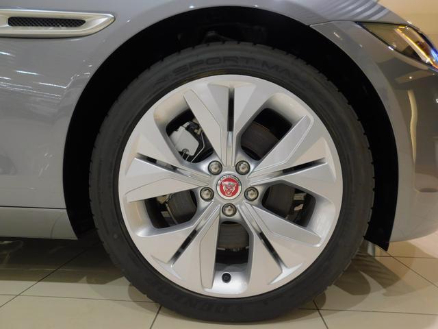XE S D180 ドライブパック 電動トランク 電動ステアリングコラム 液晶メーター タッチプロデュオ シートメモリー シートヒーター ステアリングヒーター パドルシフト 接触充電(19枚目)