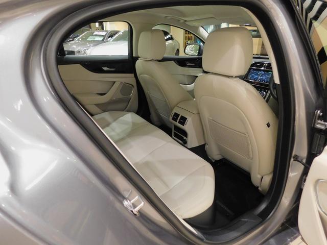 XE S D180 ドライブパック 電動トランク 電動ステアリングコラム 液晶メーター タッチプロデュオ シートメモリー シートヒーター ステアリングヒーター パドルシフト 接触充電(60枚目)