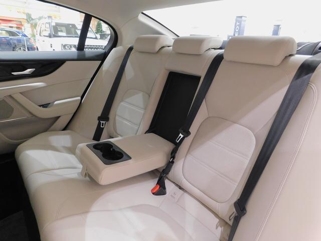 XE S D180 ドライブパック 電動トランク 電動ステアリングコラム 液晶メーター タッチプロデュオ シートメモリー シートヒーター ステアリングヒーター パドルシフト 接触充電(63枚目)