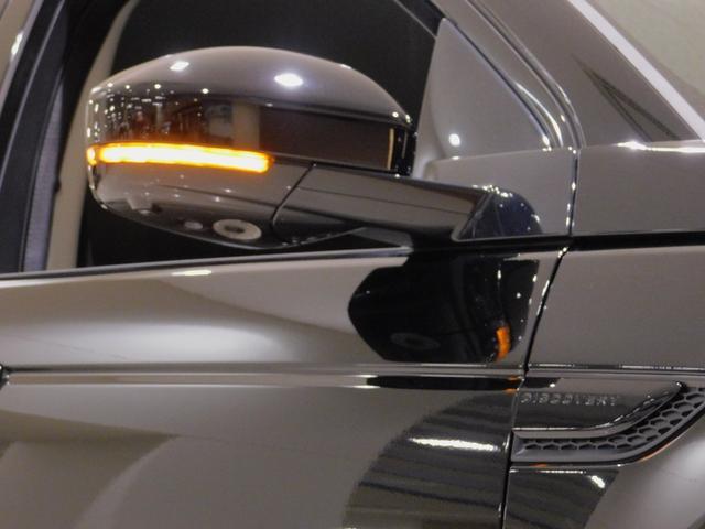 ベースグレード 180PS D180 7人乗 ブラックパック 18インチブラックAW ドライブパック 液晶メーター クリアサイトミラー 接触充電 スマートフォンパック プライバシーガラス 本革・電動シート クリック&ゴー(75枚目)