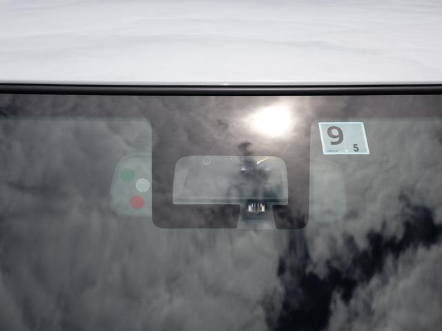 XG 2型フルタイム4WD DSBS 旧社用車 新車保証継承(8枚目)