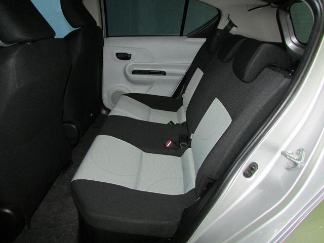 トヨタ アクア S ワンセグナビ スマートキー付き
