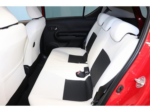 リヤシート周りになります。 シートのシワ・汚れ・ほつれ等は現車チェックの際に必ず確認してください。