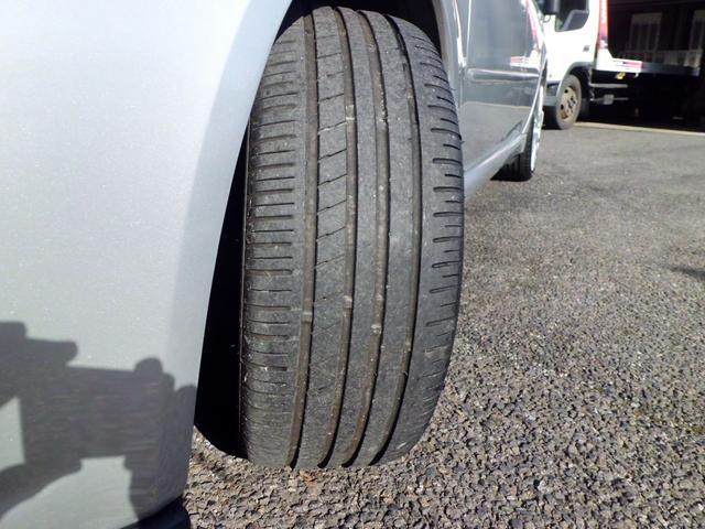 タイヤ溝心配なし