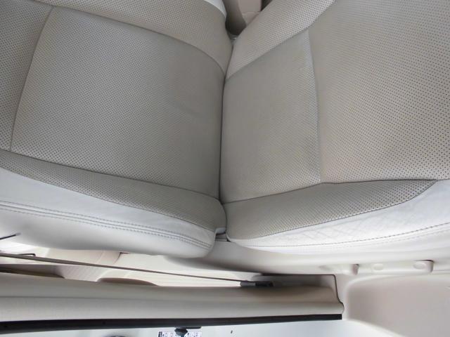 350G プレミアムシートパッケージ プレミアムサウンド システムコンソール 左右パワスラ Wナビ パワーリヤゲート 革シート シートヒーター TVキャンセラー ドラレコ前後 禁煙 買取直販 4WD(21枚目)