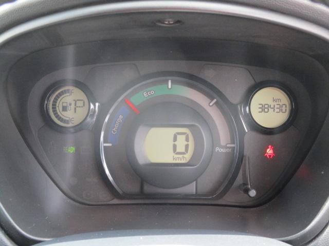 M 社外ナビ バックカメラ 電格ミラー シートヒーター 社外アルミ ETC フォグランプ 革巻きMOMOシフトノブ 革巻きステアリング 電池残存率105%(6枚目)