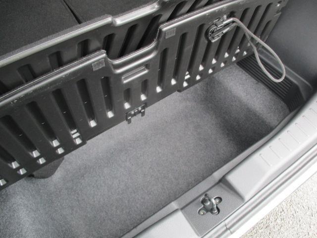 T ターボ 当店社有車 LEDヘッドライト コーナーセンサー 衝突被害軽減システム シートヒーター(18枚目)