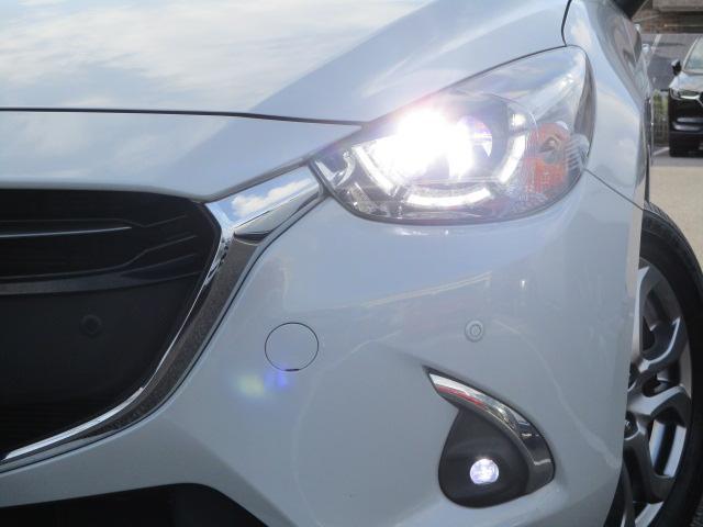 XDノーブルクリムゾン 衝突被害軽減システム 全周囲カメラ オートマチックハイビーム シートヒーター バックカメラ オートクルーズコントロール オートライト LEDヘッドランプ Bluetooth ワンオーナー(16枚目)