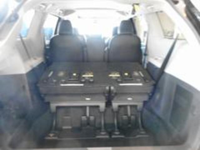 米国トヨタ シエナ SE SE 18y TSS装備 ブラックレザー サンルーフ