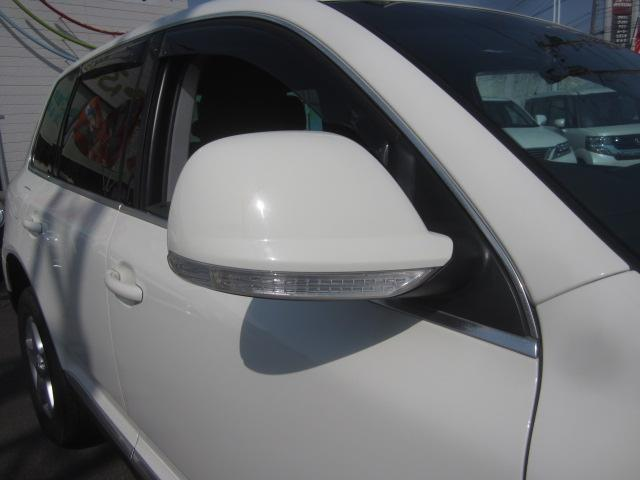 V64WD黒革シート外SDナビTVBモニコーナーセンサ保証付(11枚目)