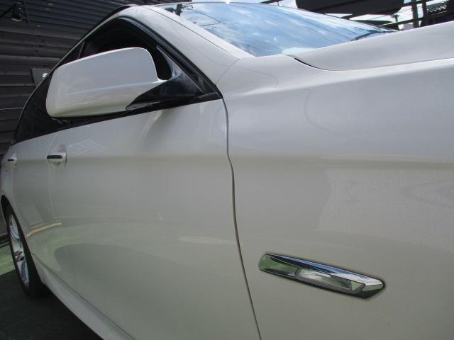 523iツーリング Mスポーツパッケージ 1オーナー Mスポーツ18アルミ HID フォグ スマートキー プッシュスタート HDDナビ バックモニター ETC クルーズコントロール コーナーセンサー パワーシート ルーフレール 保証付(10枚目)