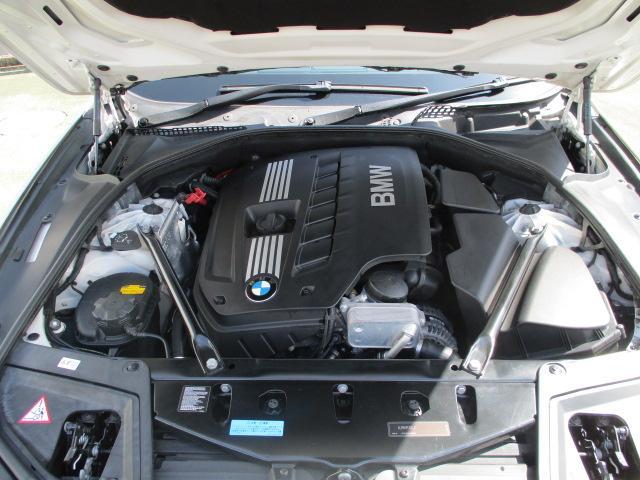 523iツーリング Mスポーツパッケージ 1オーナー Mスポーツ18アルミ HID フォグ スマートキー プッシュスタート HDDナビ バックモニター ETC クルーズコントロール コーナーセンサー パワーシート ルーフレール 保証付(39枚目)