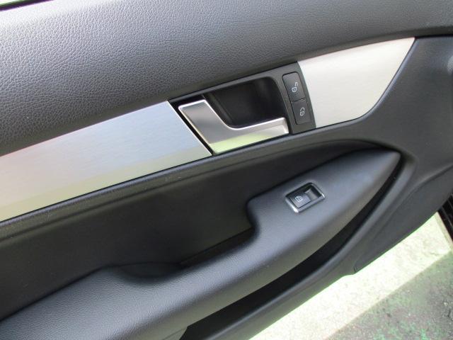 C180 ブルーエフィシェンシー クーペ HID フォグ 純正アルミ リアスモーク コーナーセンサー 黒ハーフレザーシート パワーシート HDDナビ バックモニター ETC スマートキーX2 プッシュスタート 保証付(52枚目)