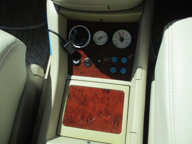 AX Lエディション 1オーナー 4WD DADエアロマフラー エアダインエアサス公認 ヴィエナ19AW 両側電動ドア コーナーセンサー HID シートカバー ナビTVBモニ フリップモニ コンビハン 土禁禁煙車 保証付(76枚目)