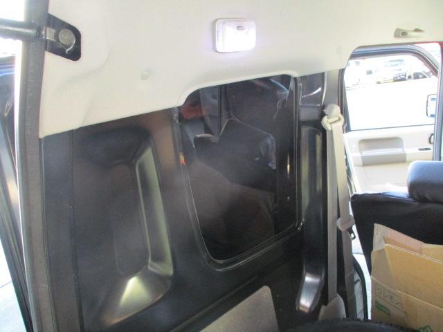 ジョイン HR 1オナ 外エアロ 車高調 SSR15AW 外マフラー リアスモーク LEDテール LEDライトフォグ 黒シートカバ 外ハンドル HDDナビTVETC 黒ウッドパネル 追加メータ キーレス 保証付(64枚目)