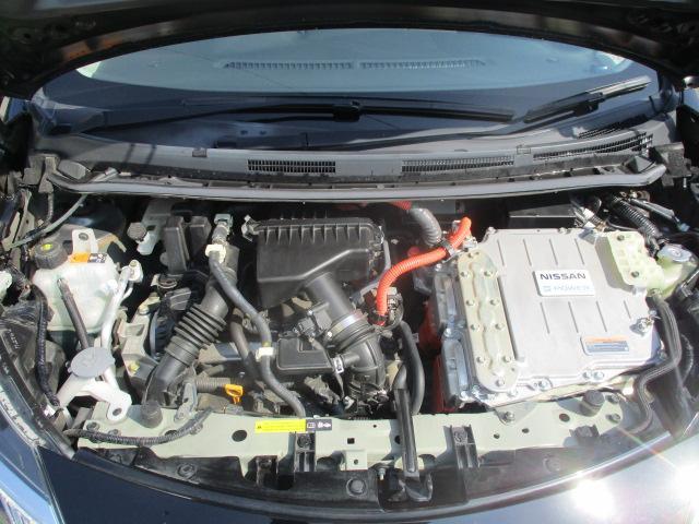 e-パワー メダリスト オプションエアロ 外15アルミ LEDライト フォグ スマートキーPスタート ハーフレザーシート HDDナビフルセグ全方位モニター 衝突軽減ブレーキ 車両逸脱警報 コーナーセンサー 保証付き(40枚目)