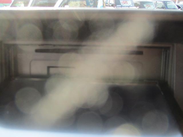 KCエアコン・パワステ 走行34390キロ 3方開 オートマ 外15アルミ リアスモーク 荷台マット LEDライト LEDルームランプ ハンドルカバー SDナビフルセグBluetoothDVD再生 ETC 保証付(59枚目)