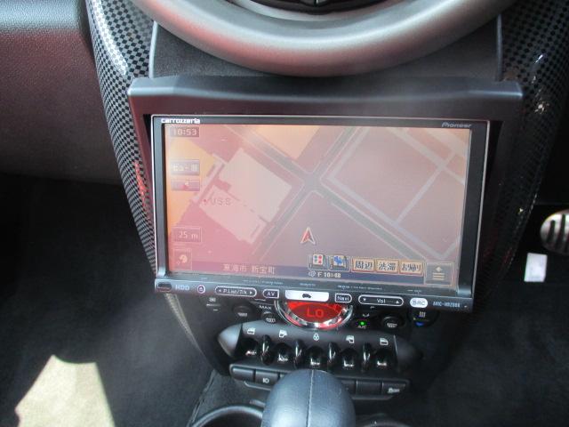 クーパーS クロスオーバー ターボ 白黒ツートン 純正18アルミ リアスポ HID フォグ 赤シートカバー HDDナビTVBモニETC パドルシフト キーレスX2 プッシュスタート ドライブレコーダー レーダー 保証付(4枚目)
